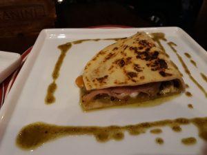 Rotas Comunicação - GASTRONOMIA  – Restaurante italiano serve piadina com recheios tradicionais em Santa Catarina