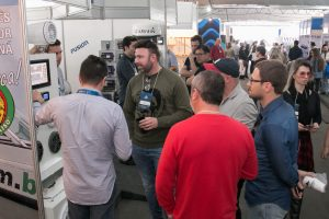 Rotas Comunicação - Evento – Feira reúne novidades do mundo náutico no litoral de Santa Catarina em julho