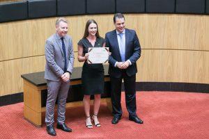 Rotas Comunicação - EMPRESAS – Grupo EMBRAED recebe prêmio de responsabilidade social da ALESC