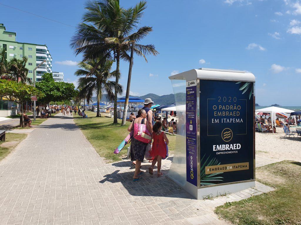 Rotas Comunicação - SUSTENTABILIDADE – Praias em SC recebem sistema de ducha alimentado por energia solar