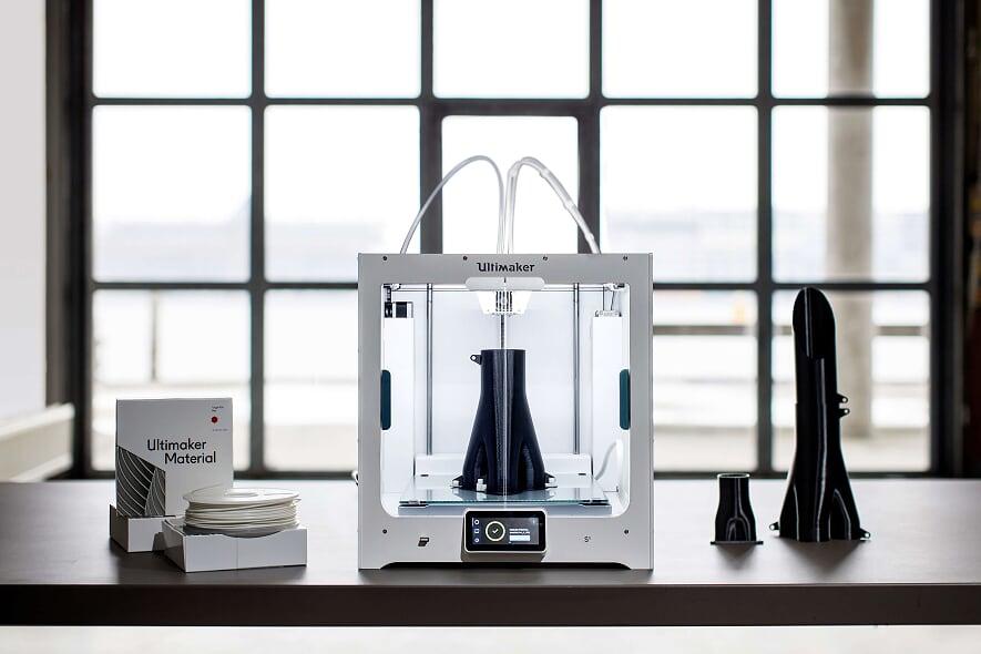 Rotas Comunicação - ECONOMIA – Empresários mostram otimismo e quase 50% pretendem investir em impressoras 3D no Brasil, diz Fórum Econômico Mundial
