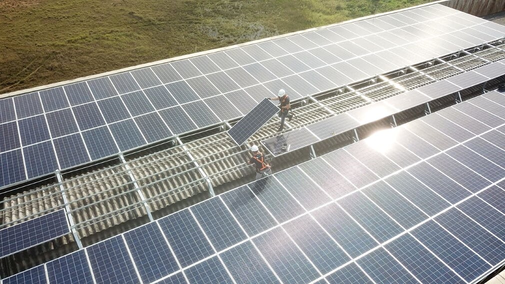 Rotas Comunicação - ECONOMIA – Cresce o interesse de empresas de Santa Catarina pela energia solar