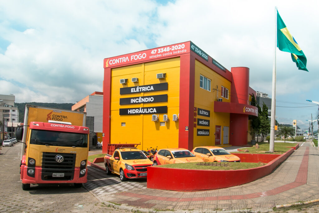 Rotas Comunicação - NEGÓCIOS – Grupo Contra Fogo de MT abre centro de distribuição em Santa Catarina
