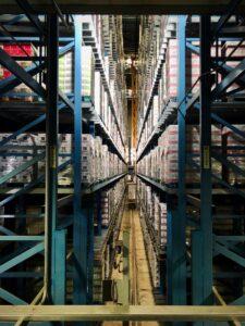 Rotas Comunicação - ECONOMIA – Crescimento do e-commerce fez dobrar valor dos alugueis de galpões logísticos